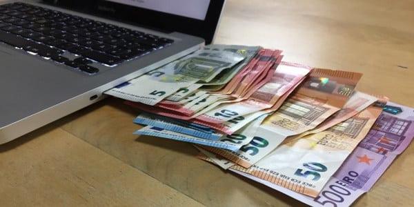 049 – 7 Schritte wie du dir erfolgreich ein online Business aufbauen kannst und damit passives Einkommen verdienst